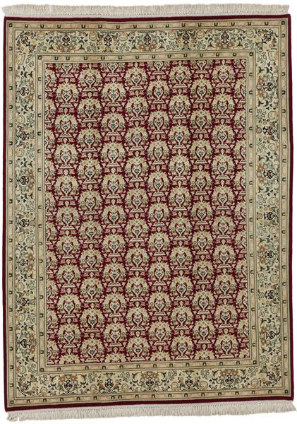 Tabriz Persian Carpet 203x153